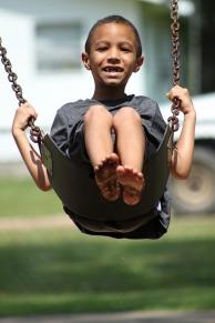 boy-swinging